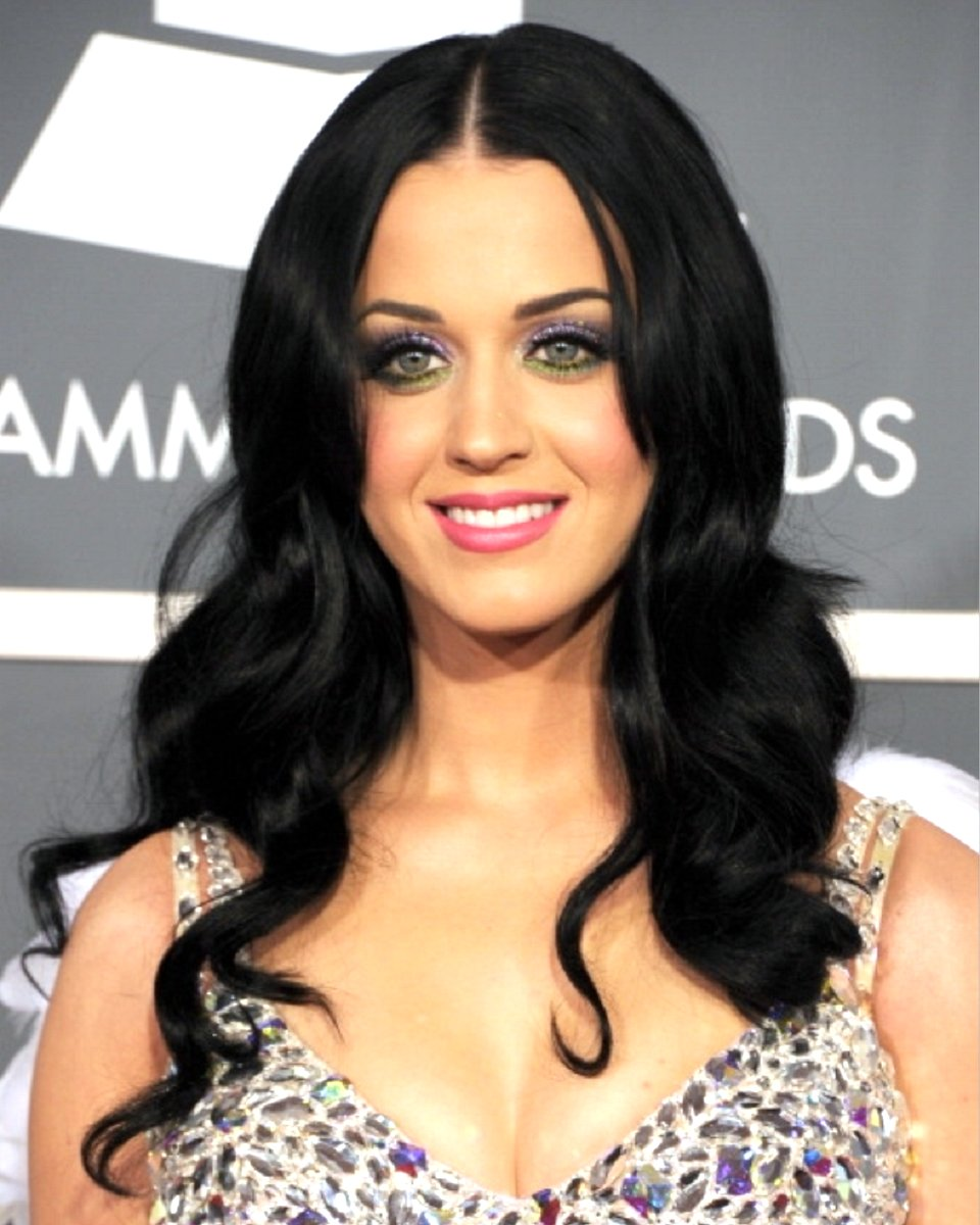 Katy Perry body wave custom wig