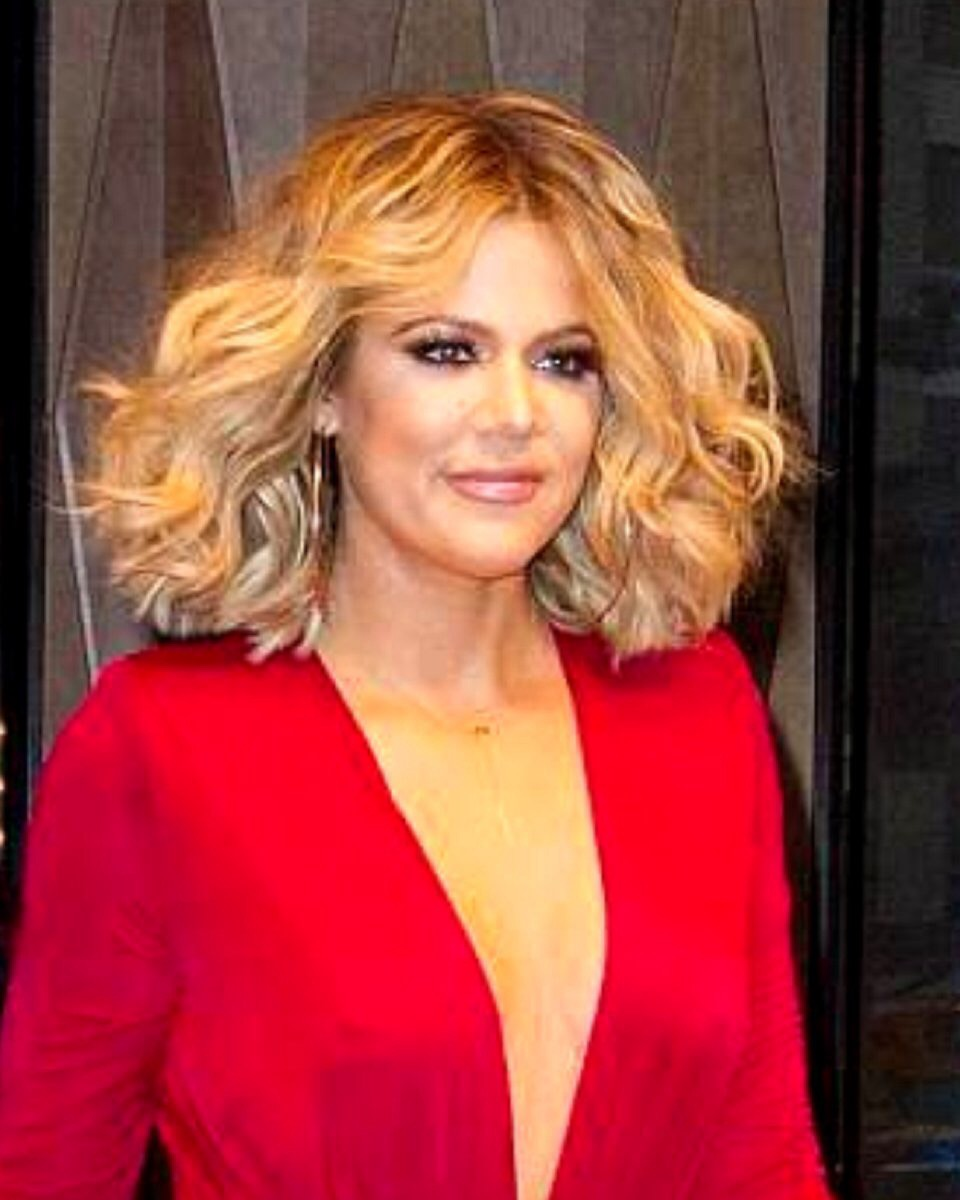 Khloe Kardashian - Loose Wave -Bob Cut - Custom Celebrity Lace Wig