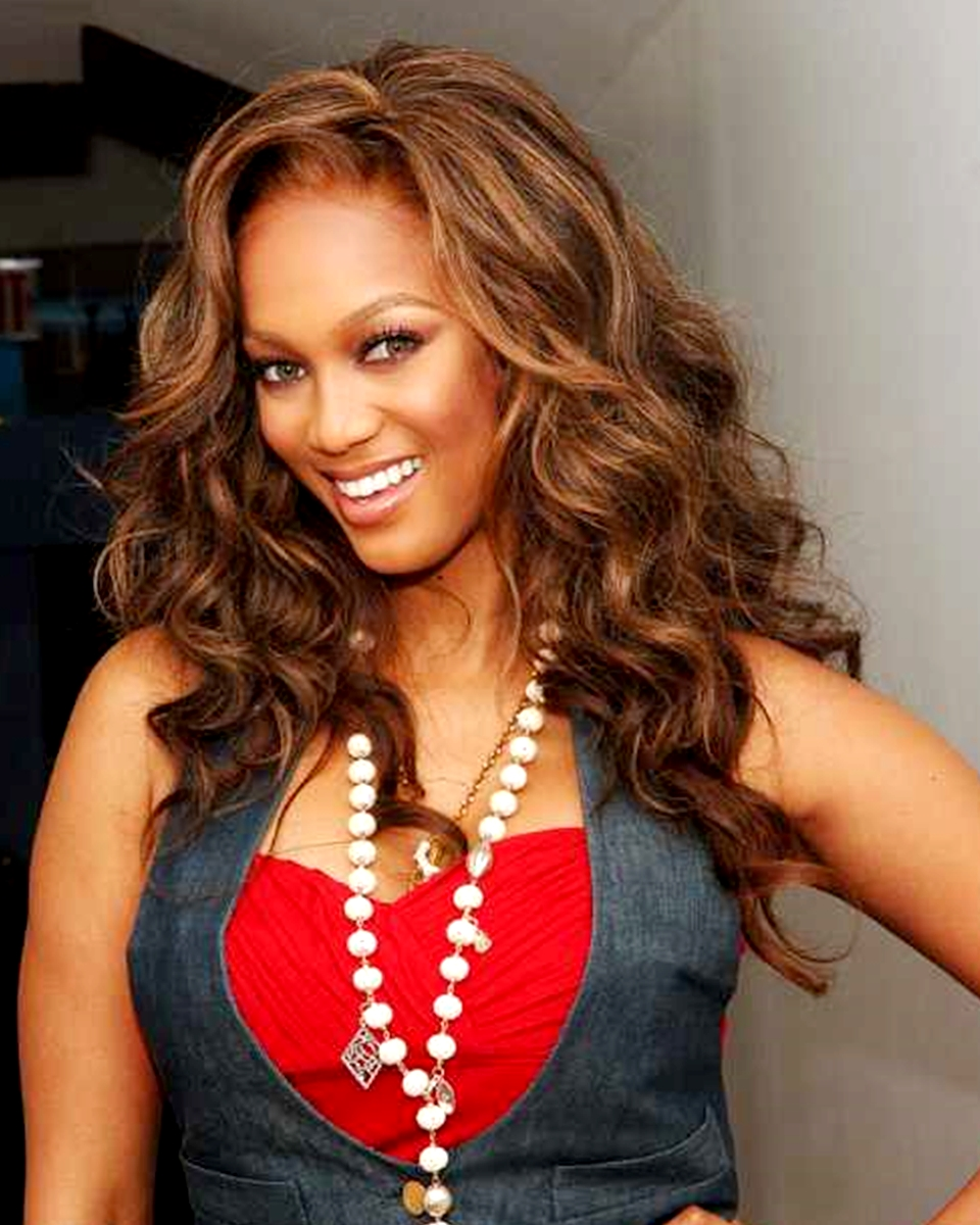 Tyra Banks - Body Wave - Celebrity Custom Lace Wig