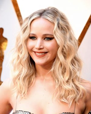 Jennifer Lawrence - Wavy - Custom Celebrity Lace Wig
